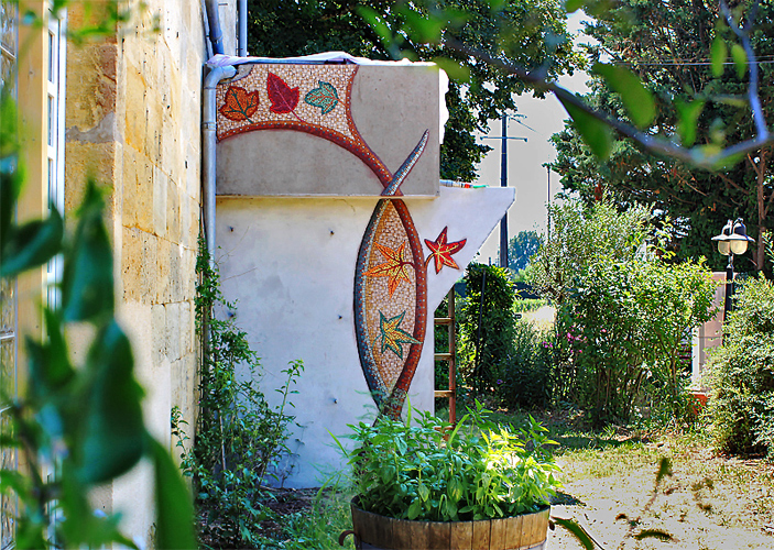 Magali Magère, création de mosaïques murales à Bordeaux et en Gironde