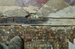 Restauration d'un sol en mosaïque début XXe siècle à Bordeaux (avant chantier)